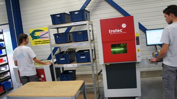 atelier de gravure laser pour usinage plastique